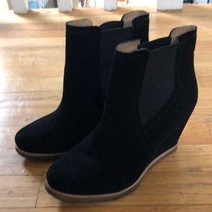 Splendid wedge booties black suede